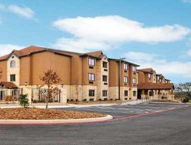 Microtel Inn & Suites By Wyndham Buda At Cabelas
