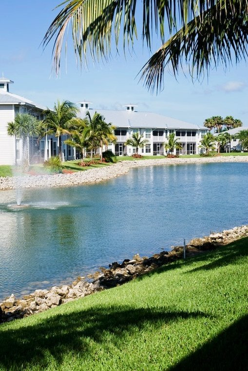GreenLinks Golf Villas At Lely Resort, Ascend Hotel