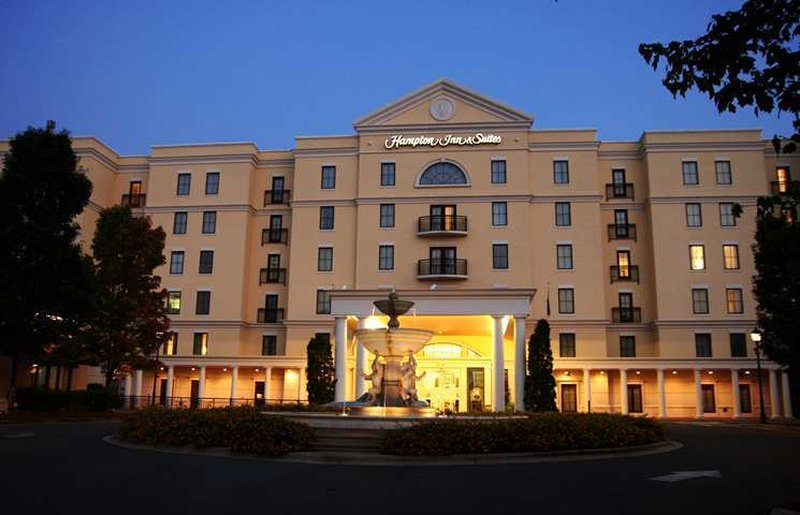 Hampton Inn - Suites-Charlotte-SouthPark At Phillips Place
