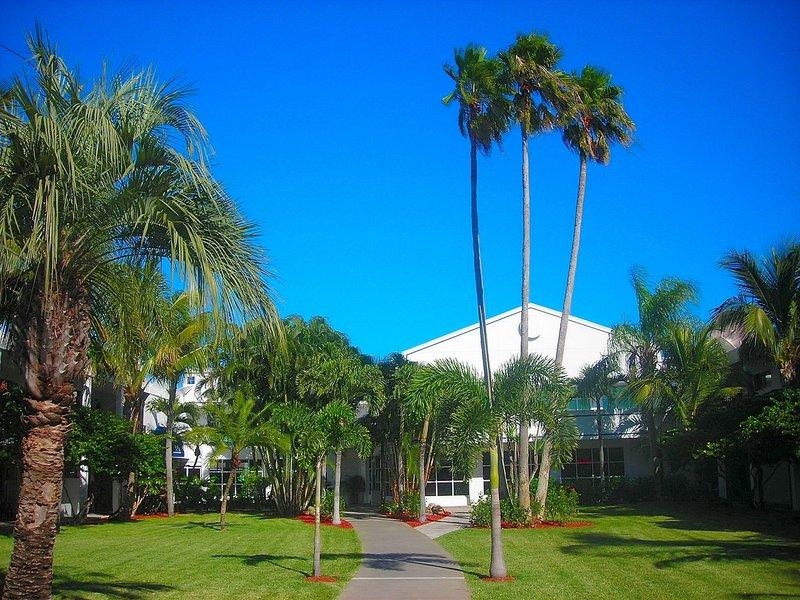 Beachcomber Beach Resort Hotel