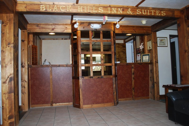 Black Hills Inn & Suites