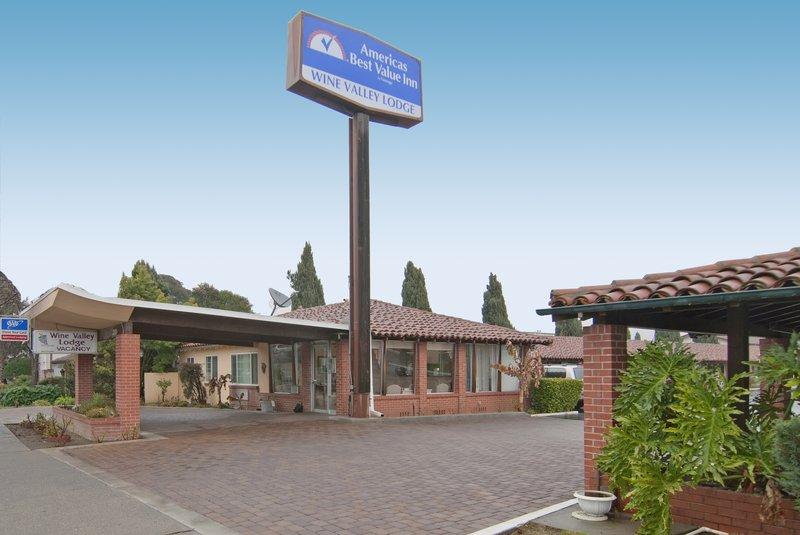 Wine Valley Lodge
