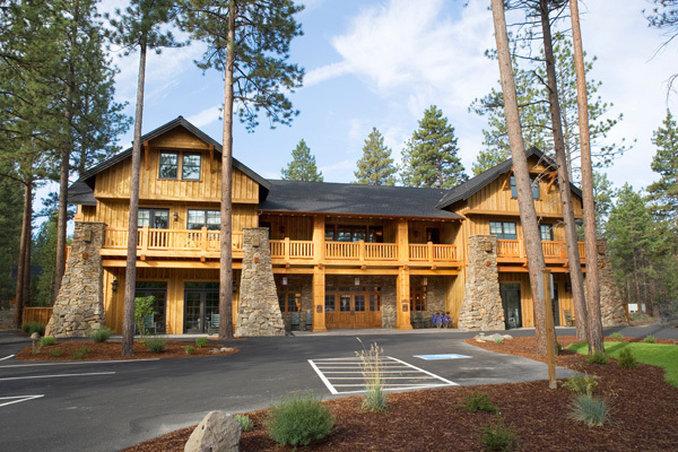 Five Pine Lodge