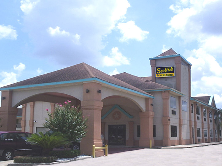Scottish Inn & Suites - Hobby Airport North