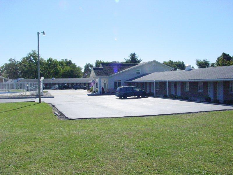 Monticello Inn