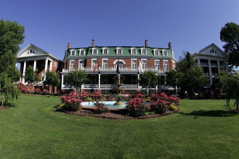 The Martha Washington Hotel And Spa