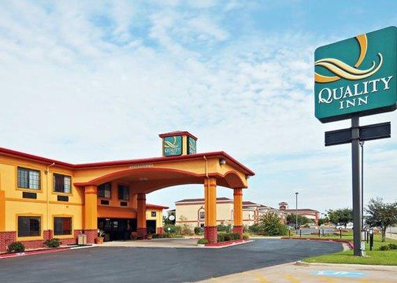 Quality Inn I-27