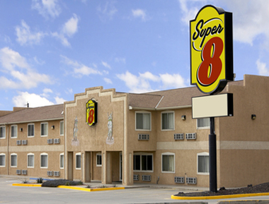 Super 8 Bloomfield