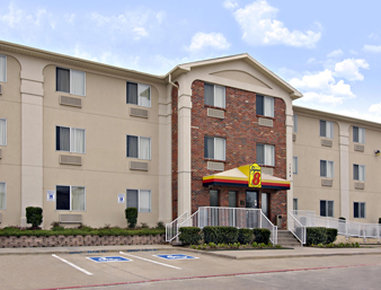 Super 8 Plano/Dallas Area