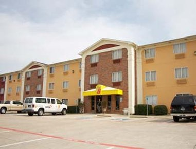 Super 8 Bedford/Fort Worth Area