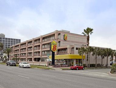 Super 8 Corpus Christi/Bayfront Area