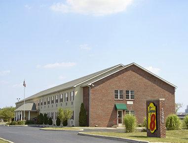 Super 8 Maumee Perrysburg Toledo Area