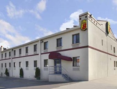 Super 8 Long Island City LGA Hotel