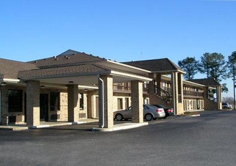 Econo Lodge Suffolk