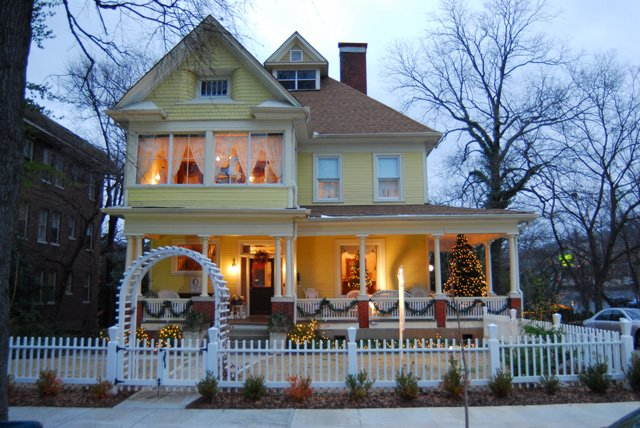 Cobb Lane Bed And Breakfast
