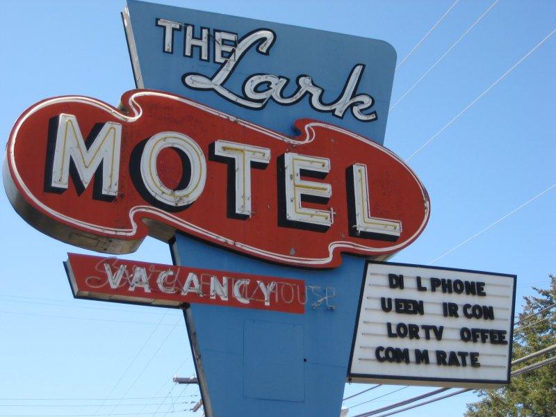 Lark Motel