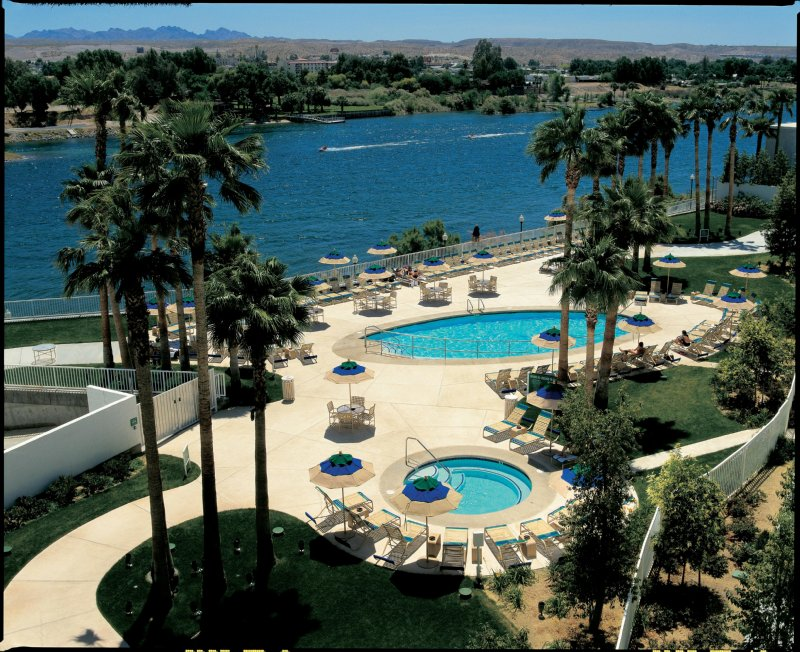 Attractions near golden nugget laughlin