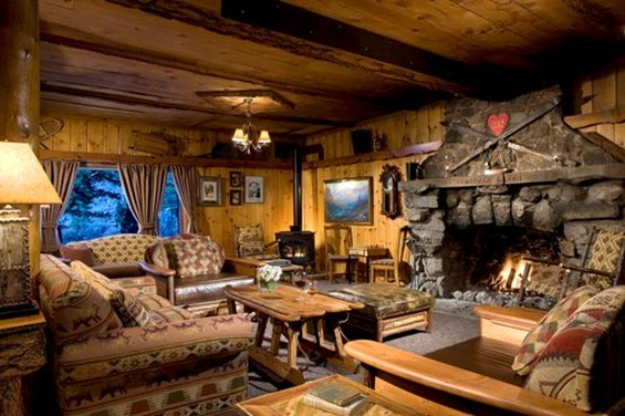 Tamarack Lodge & Resort