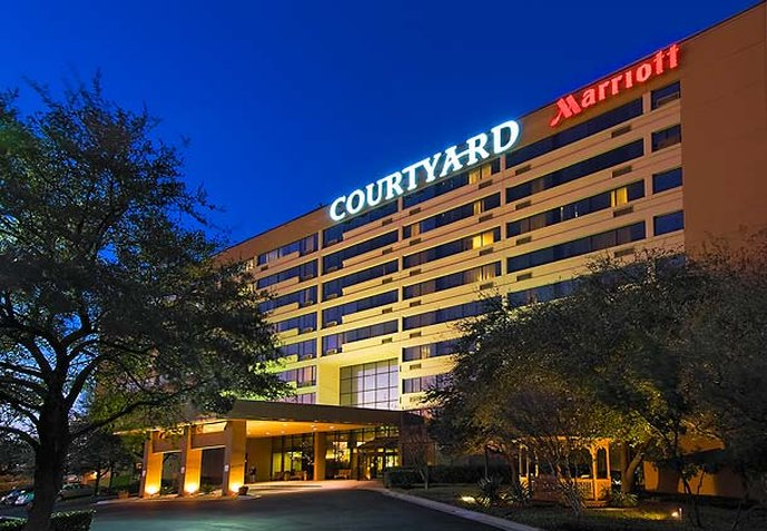 Courtyard Austin-University Area
