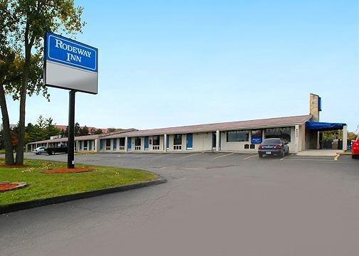 Rodeway Inn Metro Airport
