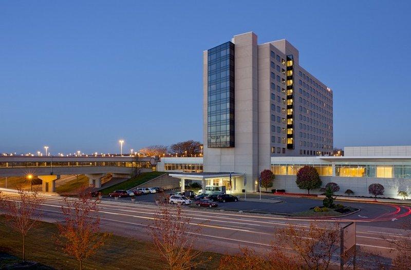 Hyatt Regency Pittsburgh Intl Airport
