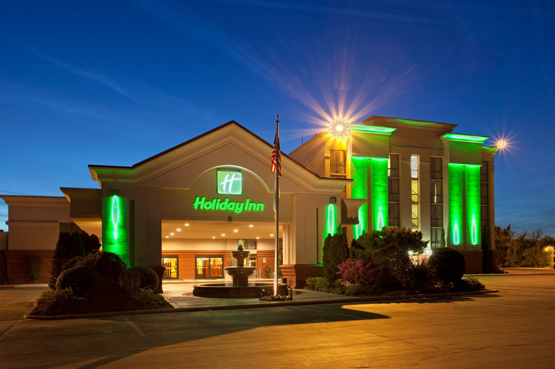 Holiday Inn VISALIA-HOTEL & CONF CENTER