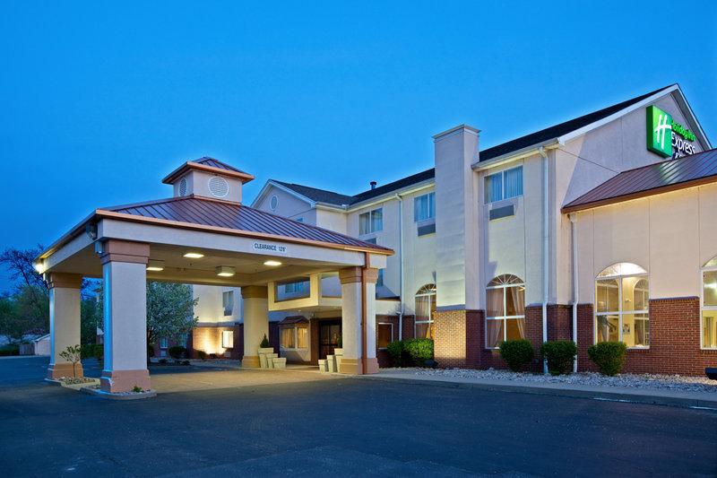 Holiday Inn Express U0026 Suites CINCINNATI N/SHARONVILLE