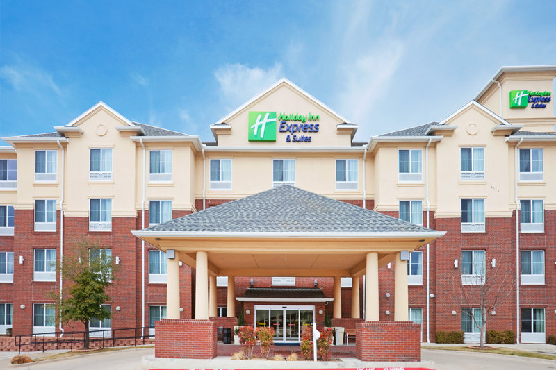 Holiday Inn Express & Suites DALLAS - GRAND PRAIRIE I-20