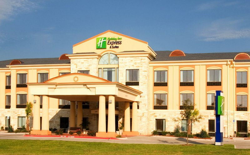 Holiday Inn Express & Suites BEEVILLE