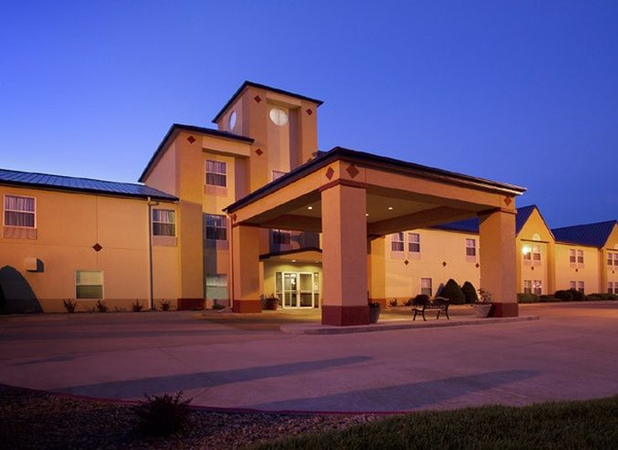 Holiday Inn Express DODGE CITY