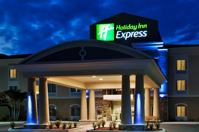Holiday Inn Express LAKE WALES N-WINTER HAVEN
