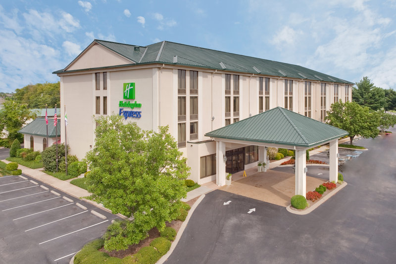 hendersonville tennessee hotels motels rates availability. Black Bedroom Furniture Sets. Home Design Ideas