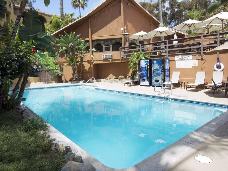 Catalina Canyon Resort And Spa