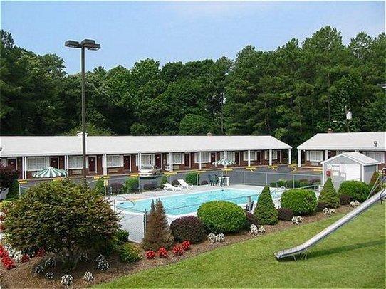 Yorktown Motor Lodge