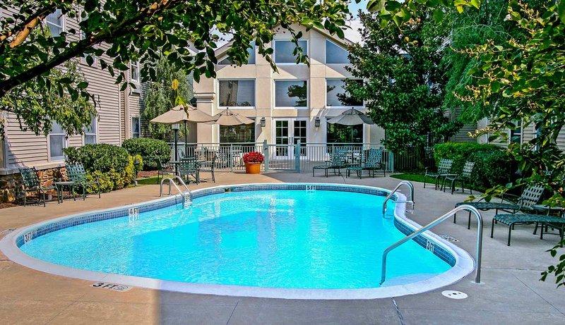 Hampton Inn - Suites Springdale