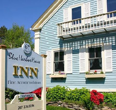 Blue Harbor House Inn