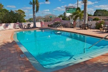 Hibiscus Suites ~ Gateway To Siesta Key