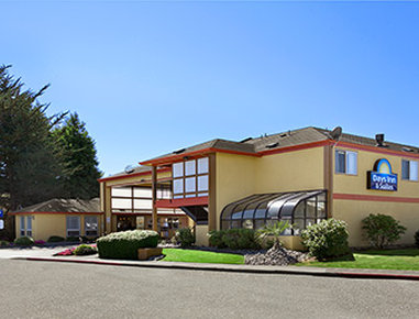 Days Inn & Suites Arcata CA
