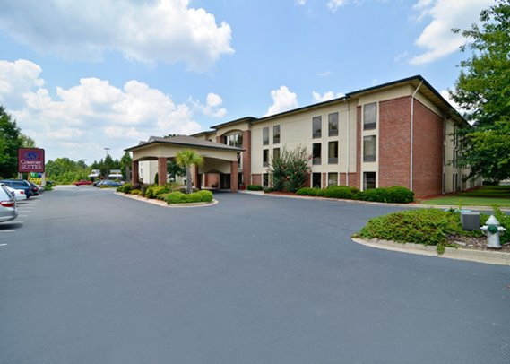Comfort Suites At North Point Mall