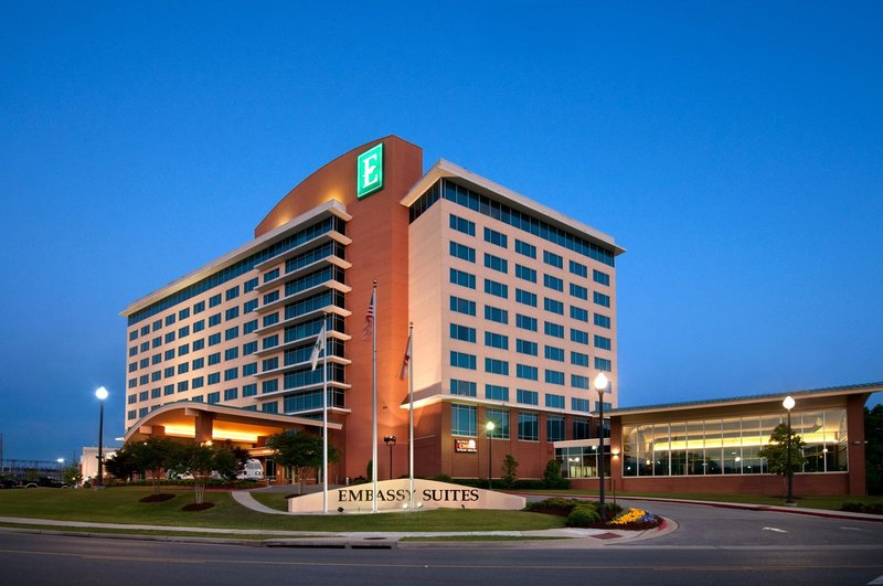 Embassy Suites Huntsville - Hotel - Spa