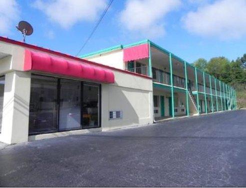 Deluxe Inn Martinsville