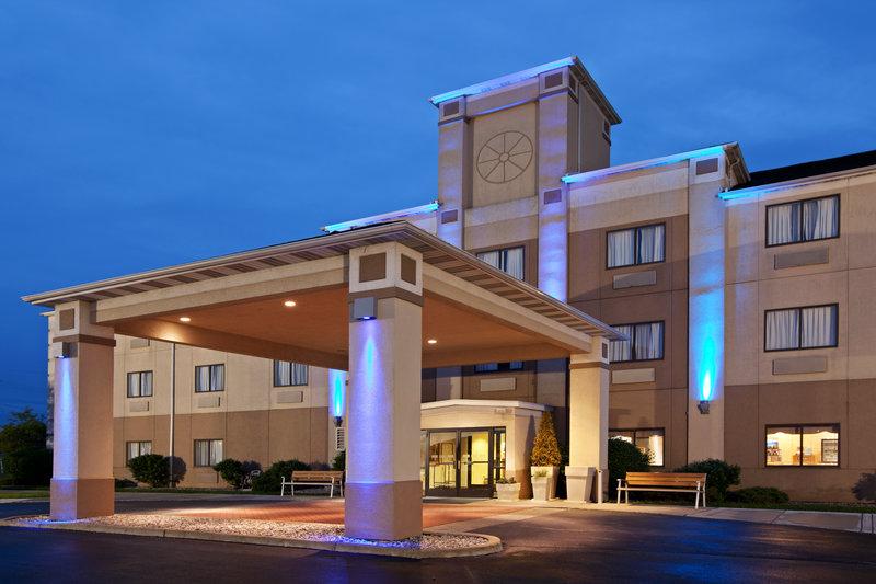 Holiday Inn Express ADRIAN