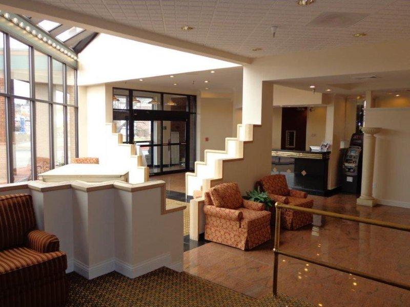 Euro-Suites Hotel