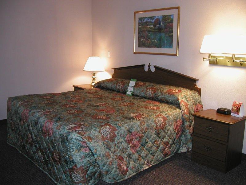 Crestwood Suites Of Nashville