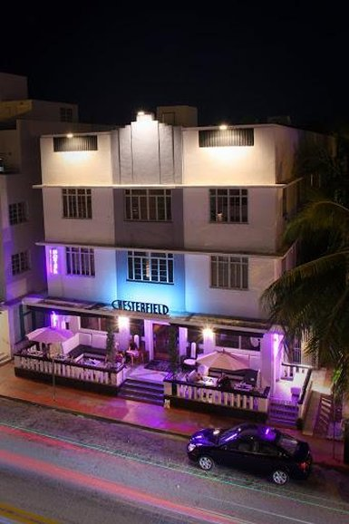 Chesterfield Hotel And Suites
