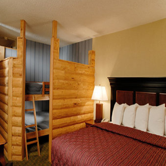 Fort Rapids Resort And Indoor Waterpark
