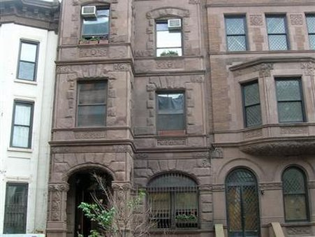 Brownstone Bed And Breakfast