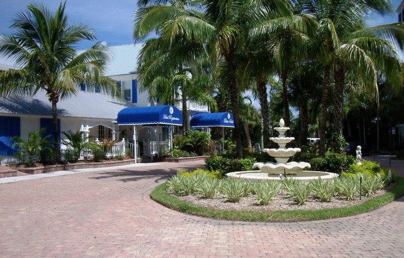 Olde Marco Island Inn-Suites
