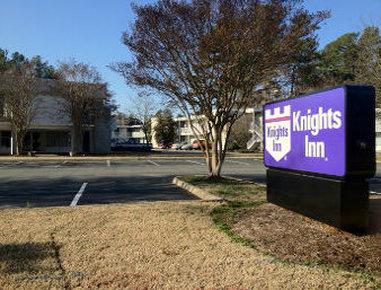 Knights Inn Williamsburg Busch Gardens Area