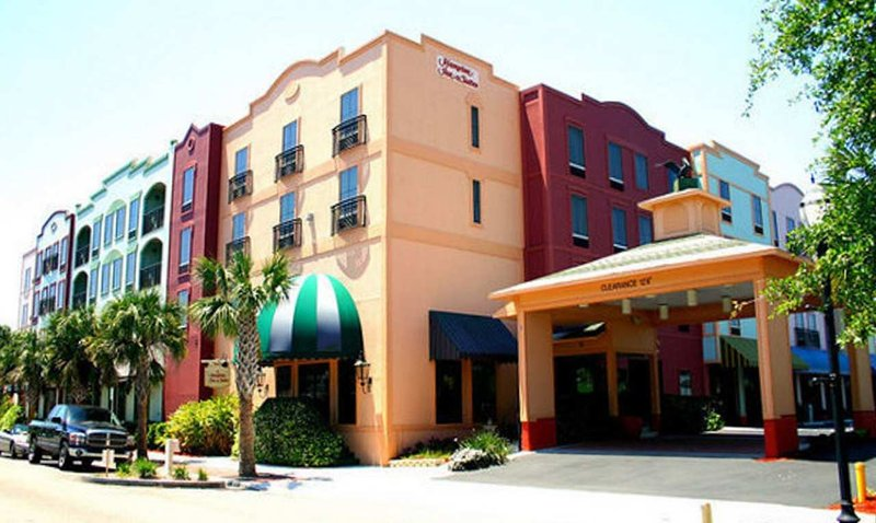 Hampton Inn - Suites Amelia Island-Historic Harbor Front